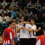 Los jugadores del Racing Cuéllar celebrando uno de los goles