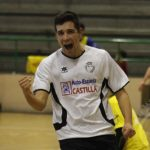 Miguel celebra un gol frente a El Espinar